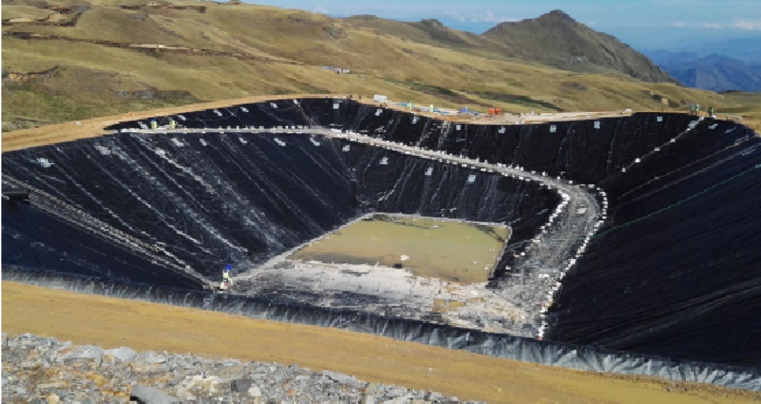 Construcción Poza de Sedimentación – Coimolache